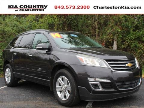 Pre-Owned 2014 Chevrolet Traverse FWD 4dr LT w/2LT